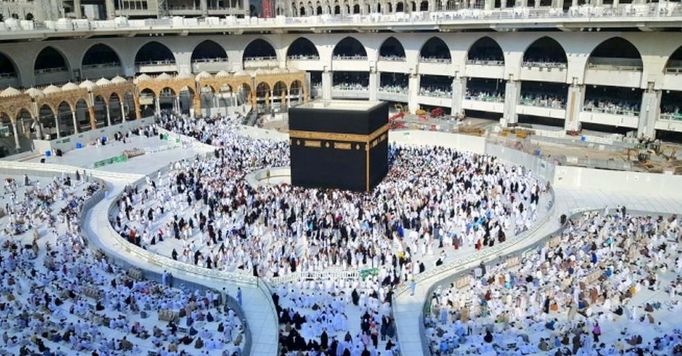 Image result for travel umroh murah jakarta
